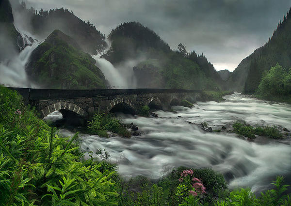 fairy-tale-architecture-norway_4