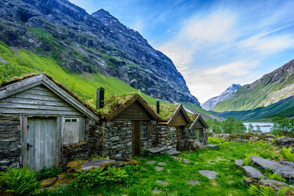 fairy-tale-architecture-norway_17