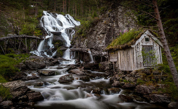 fairy-tale-architecture-norway_9